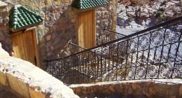 Foto auberge trap en deur